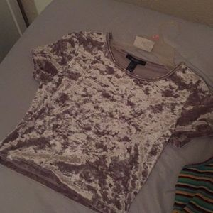 A forever 21 crop top barely worn :)